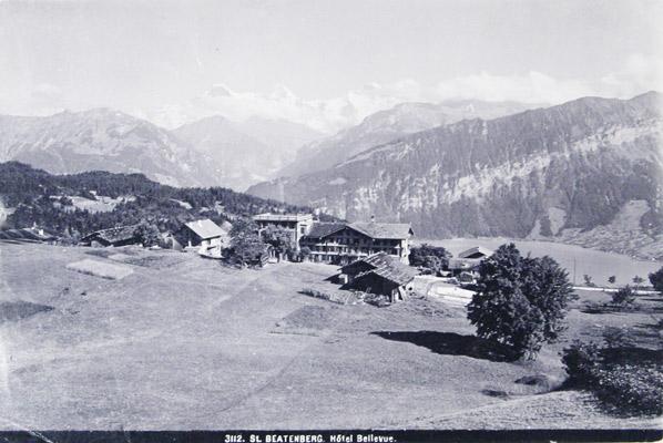 WEHRLI PHOT., ZUGRSCHR. -: - St. Beatenberg Hôtel Bellevue Gebr. (Wehrli phot. 3112).